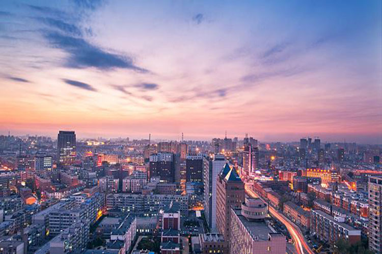চীনের বিখ্যাত ঐতিহাসিক ও সাংস্কৃতিক শহর চ্যাংচুন। শহরটি চীনের উত্তরপূবাঞ্চলীয় জিলিন প্রদেশের রাজধানী- সিজিটিএন